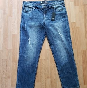 Kut from the kloth Catherine ankle Jean's NWT